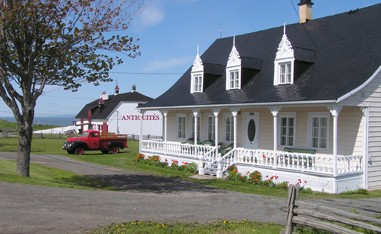 Accueil - Maison et grange (Antiquités)